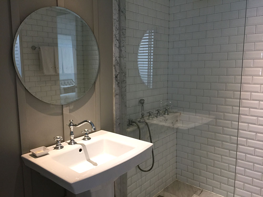 曼谷酒店推介-曼谷文思酒店 Hotel Once Bangkok 淋浴室