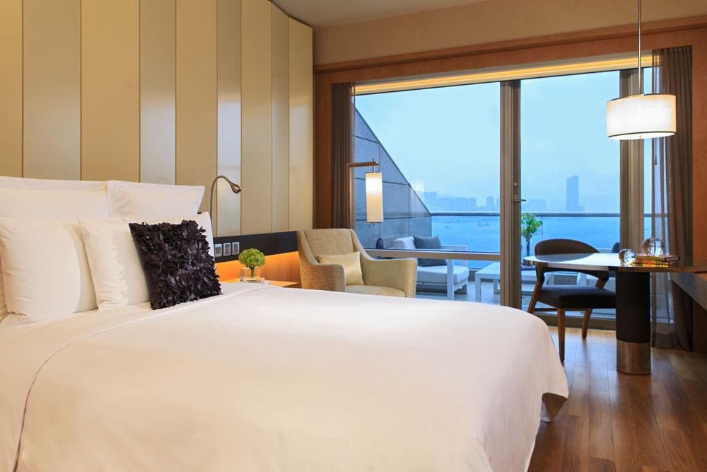萬麗海景酒店-露台客房