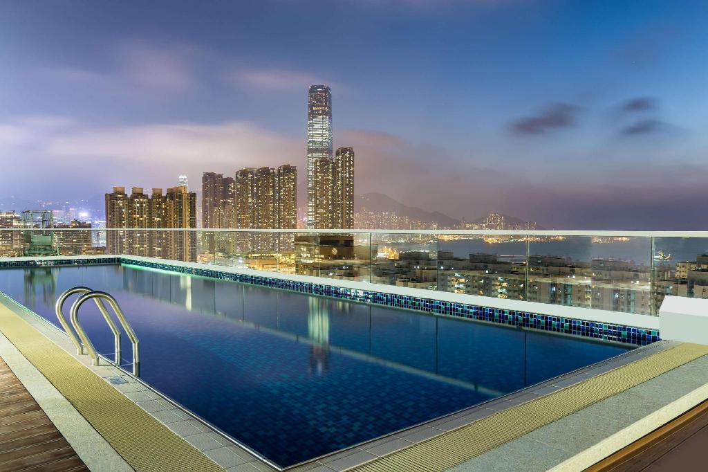 香港旺角希爾頓花園酒店-露天泳池