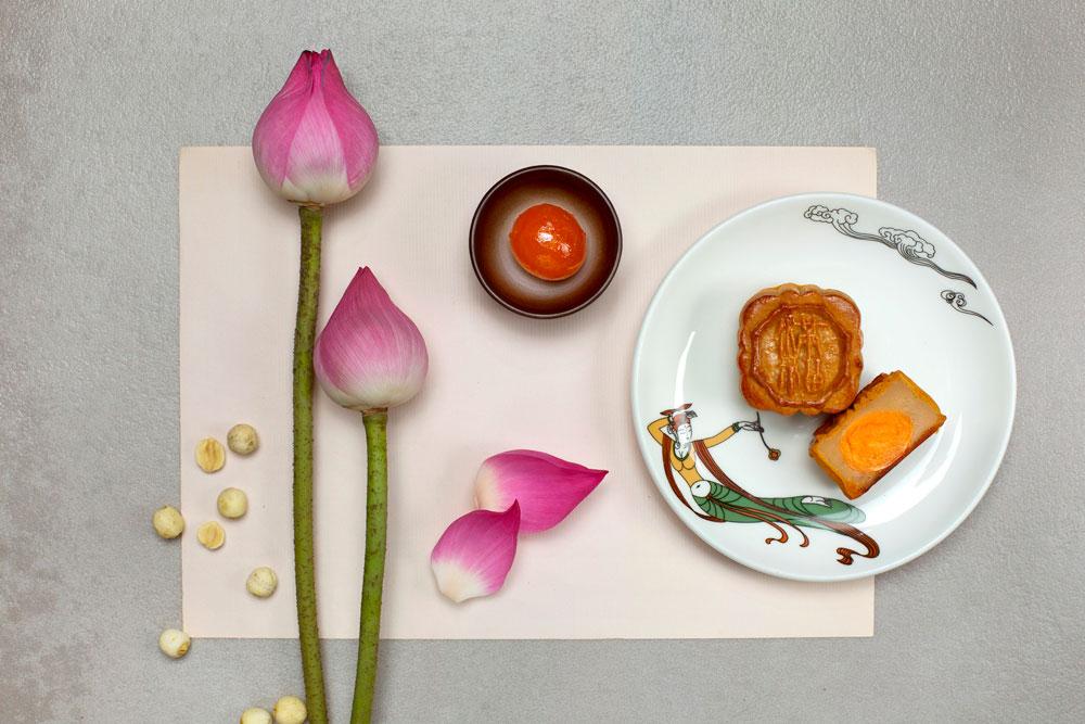 滿福樓「迷你蛋黃白蓮蓉月餅」